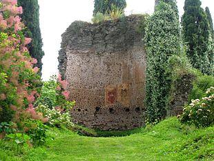 Il giardino di ninfa le aperture 2017 liveromeguide for I giardino di ninfa