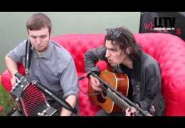 Red Sofa Sessions: #onTour – Ottersgear at Farm Feast
