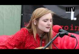 Red Sofa Sessions: #onTour – Laura James at Farm Feast