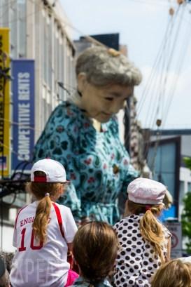 Grandma Crowds