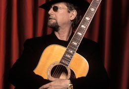 REVIEW: Roger McGuinn | Capstone Theatre | 08.11.14