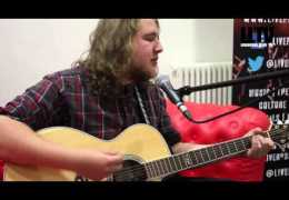 Red Sofa Sessions #onTour: Oliver Gosling at Above the Beaten Track