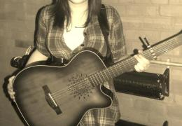 NEWS: 17 year old singer-songwriter wins Liverpool Acoustic Songwriting Challenge 2012