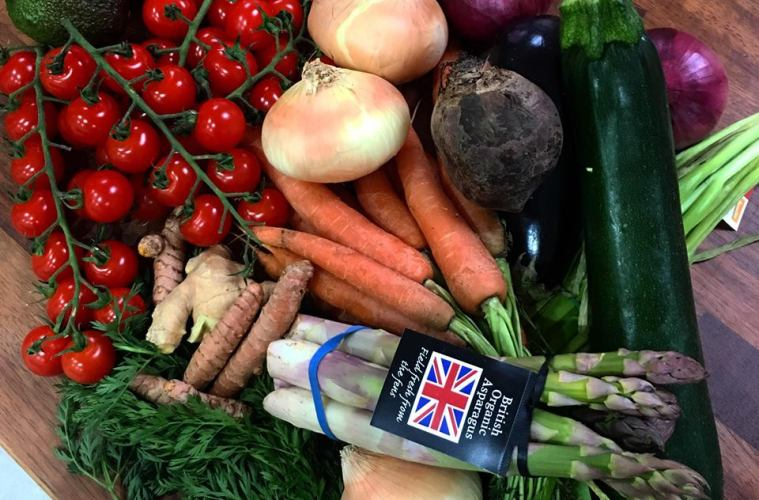 Root 22 Organic Fruit & Veg Box Deliveries Bringing Your 5 A Day To Your Doorstep 1