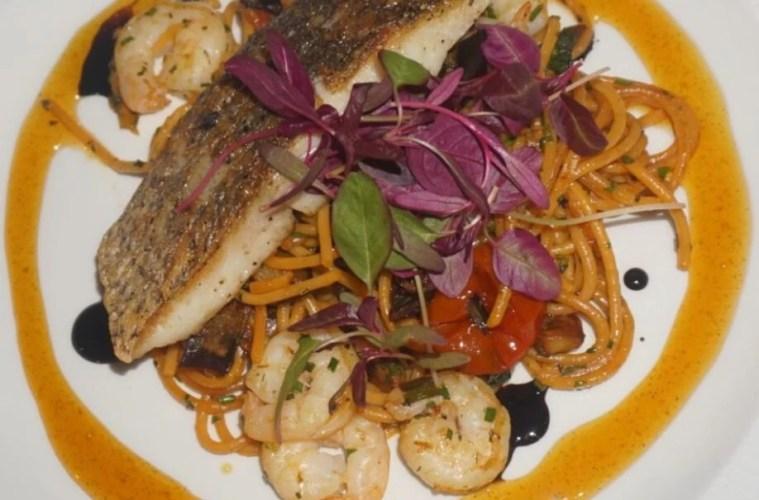Delifonseca's Dockside Restaurant Review 1
