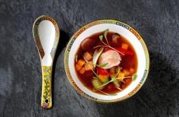Lu Ban Kitchen Yin and yang hot and sour soup