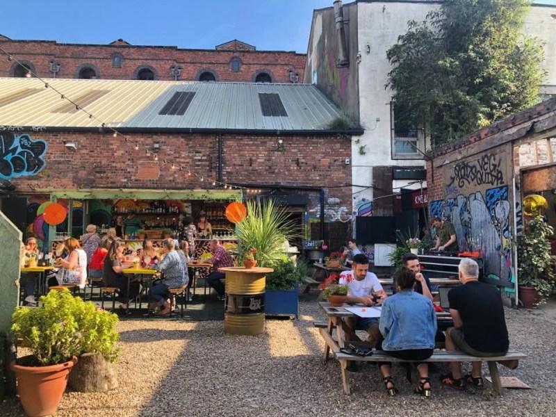 Liverpool Outdoor Dining Botanical Garden