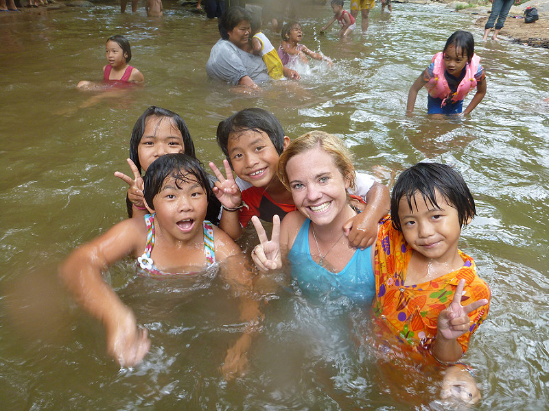 volunteerabroad