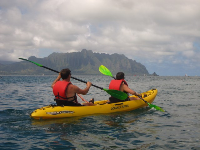 Kayaking to Oahu's Sunken Island