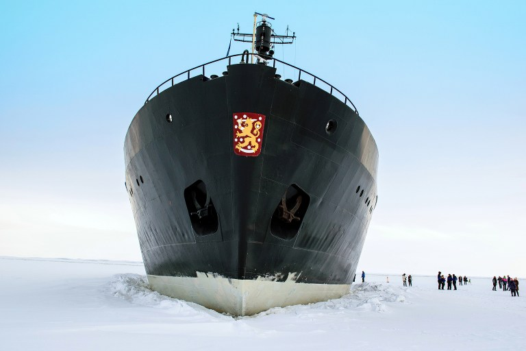 icebreaker-2174029