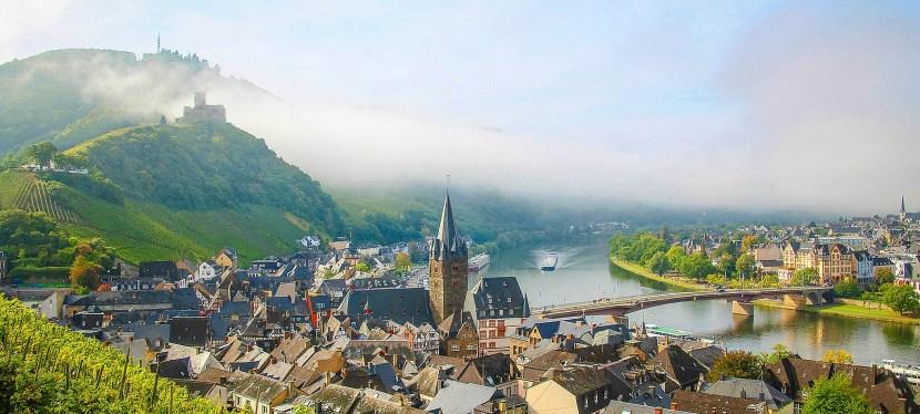 แม่น้ำโมแซลล์ ไหลผ่านหัวใจสีเขียวของยุโรป ที่ไหลผ่านพรมแดน 4 ประเทศในยุโรป