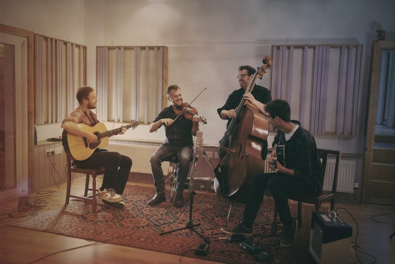 Sam Sweeney and his band
