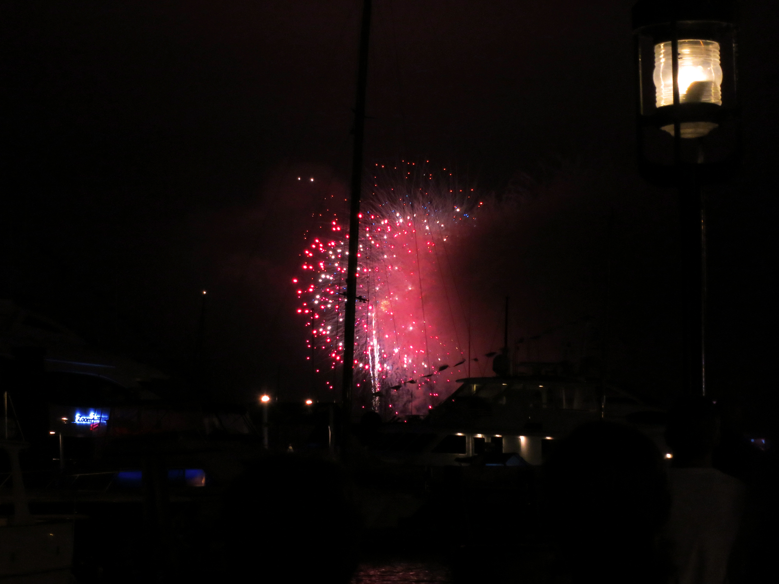 ROCKET'S RED GLARE OVER NEWPORT HARBOR - live. travel. adventure. bless. | The spectacular finale of the Newport Harbor Fireworks display in Newport, RI with red, white and blue fireworks. Happy 4th of July!