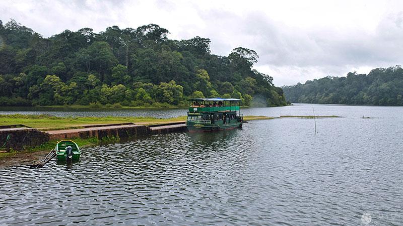 periyar-boat-safari