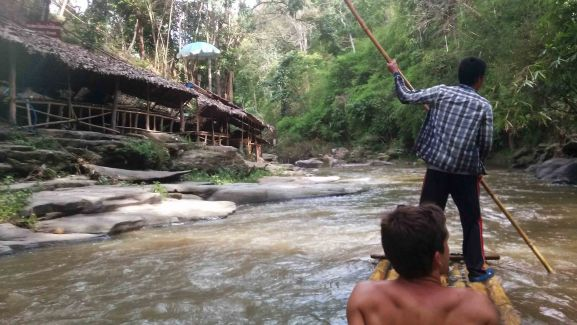 bamboo rafting (1)