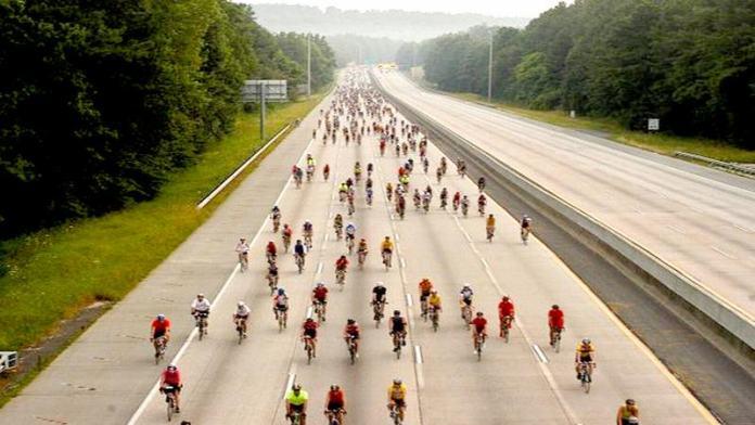 Germania deschide autostrada de 100 de kilometri pentru biciclete care va uni 10 orașe