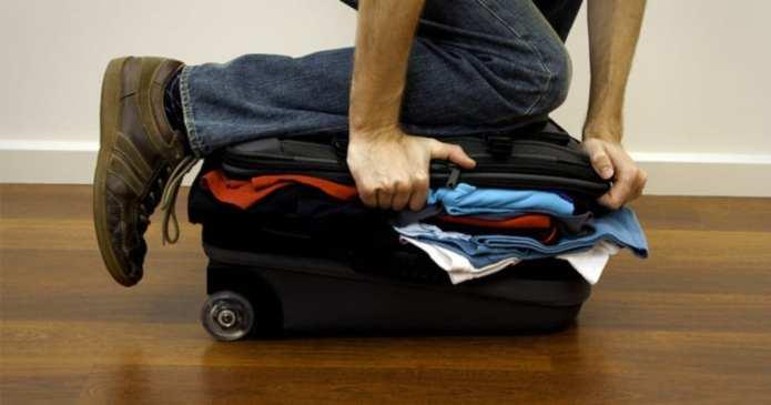 Trucuri pentru a-ți împacheta cât mai eficient valiza de călătorie