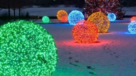 christmas-light-balls-rzbupxzd-620×330