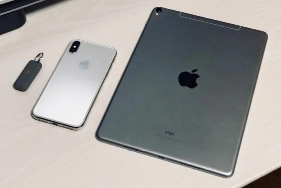 キングストンBoltとiPhoneとiPad