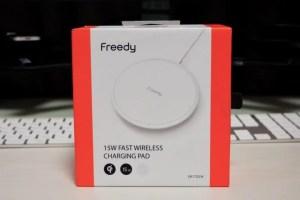 【レビュー】iPhoneの高速ワイヤレス充電に対応する充電器「Freedy EA1702」