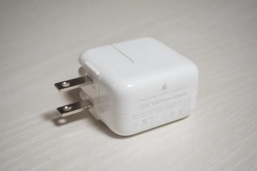 Apple純正12W電源アダプタ