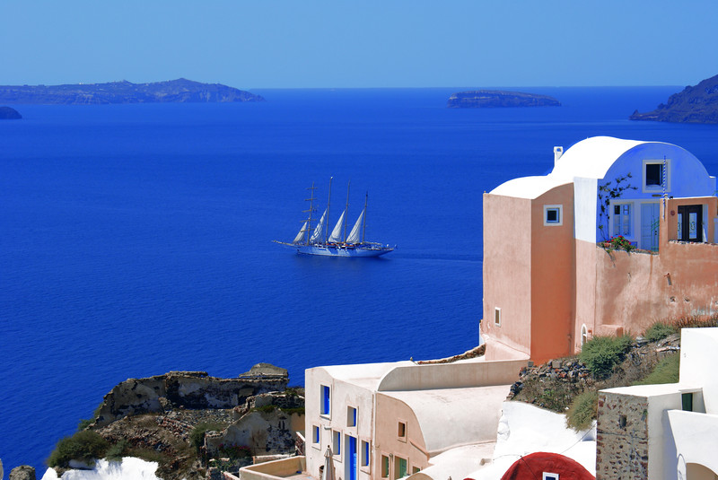 Santorini-greece-LiWBF