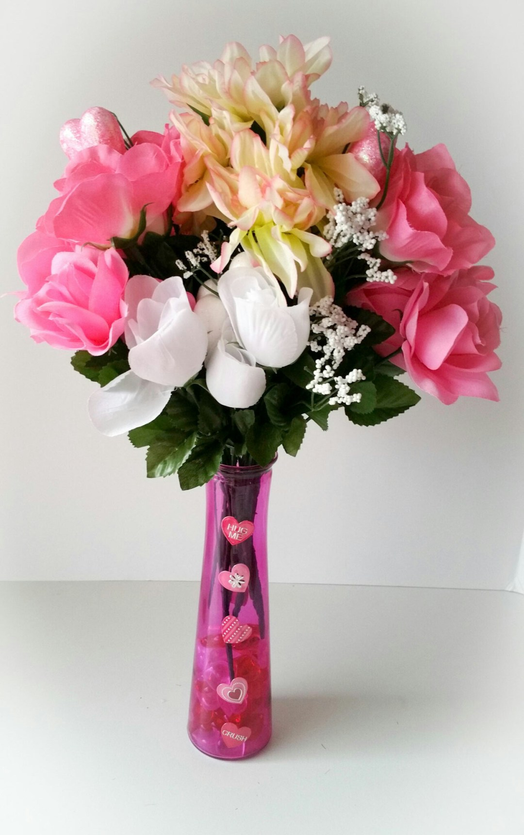 Super-Cute-DIY-Heart-Vase-Bouquet-Eleven-LiWBF