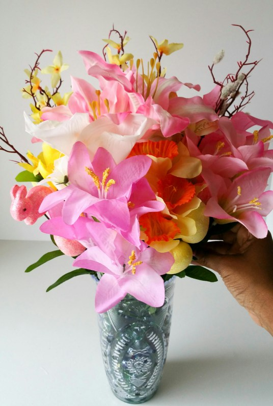 Super-Cute-Egg-Bouquet-in-6-Easy-Steps-Twenty-LiWBF