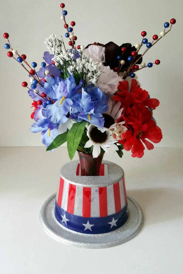Embrace-the-Soldier-Memorial-Day-Holiday-Bouquet-Seventeen-LiWBF.jpeg