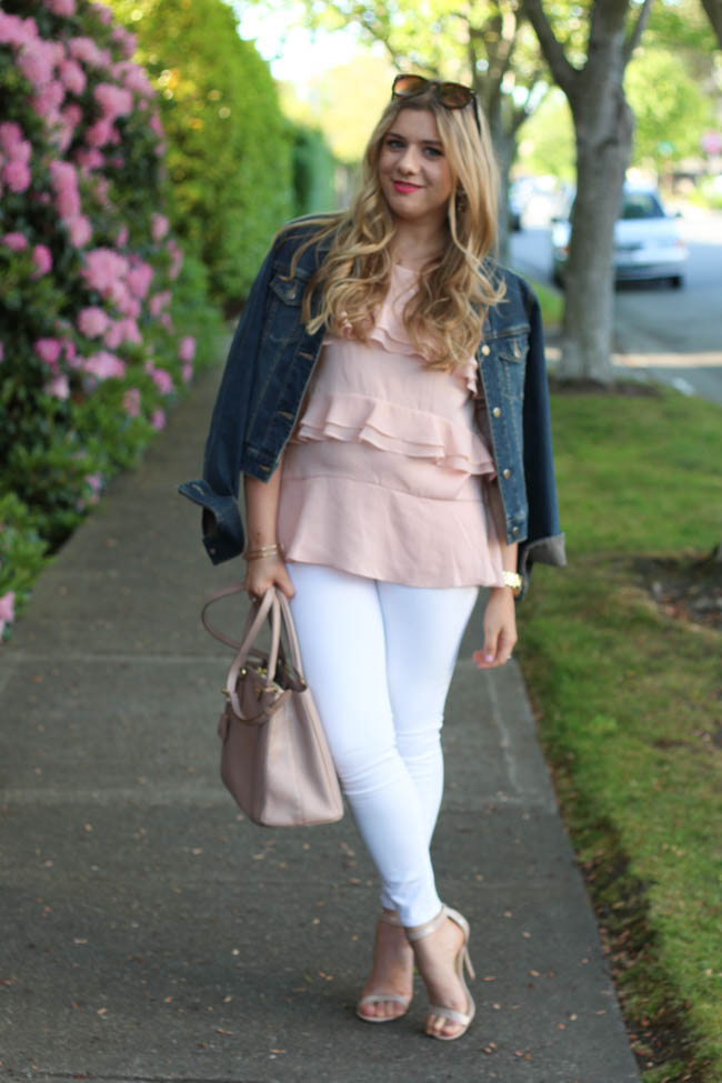 Meet Ana Luiza from the Northwest Blonde. She's wearing a gorgeous rose quartz tiered top and my favorite... white jeans!