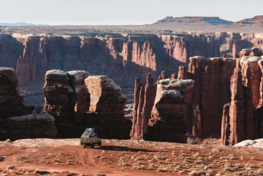 Canyonlands Monument Basin in Land Cruiser