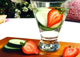 live young lifestyle- cucumber/strawberry water