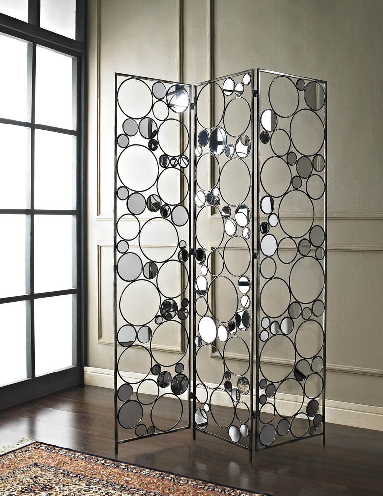 Decorating with Folding Screens