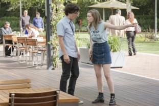 love-paul-rust-gillian-jacobs-600x400
