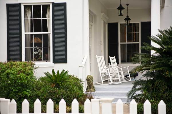 web_Front-porch_Colonial