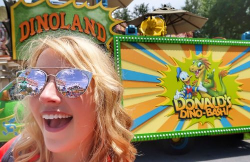 Incredible Summer Donald's Dino Bash
