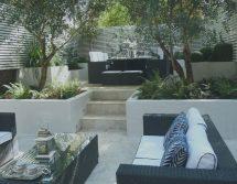Symmetrical Layout-garden Entertaining - Living Color