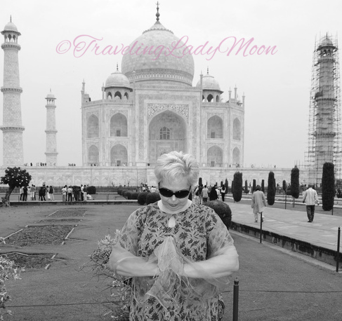 INDIA Travel Stories: AGRA–Valentine Love from India.