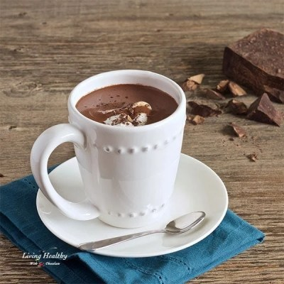 Healthy Homemade Hot Chocolate (Paleo, dairy-free)