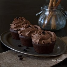 Cinnamon Mocha Cupcakes (Paleo, gluten-free)