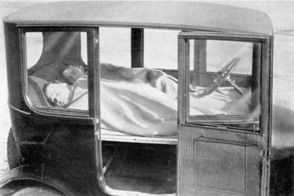 Car camping 1923