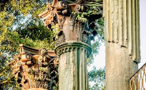 Windsor-Ruins-column