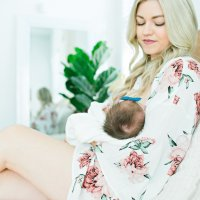 How to Survive the First Two Weeks of Breastfeeding