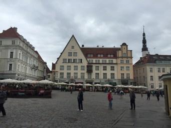 Tallinn_City_hall_square