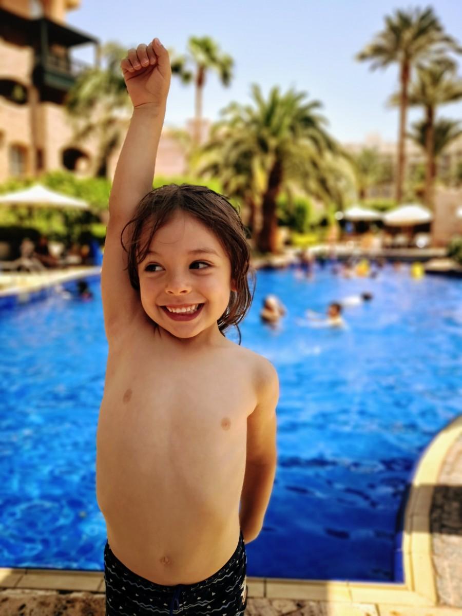 Child at the pool at Movenpick Aqaba City