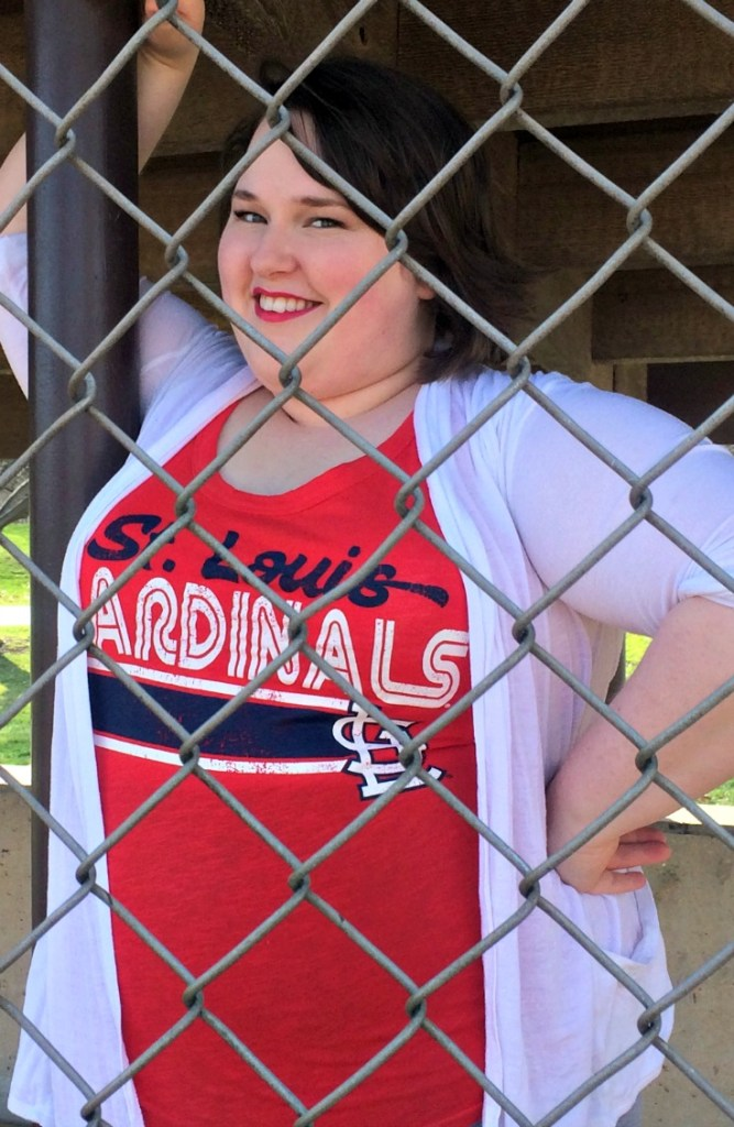What to Wear to Cardinals Home Opener | I love this outfit!