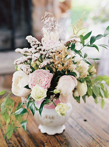 Vintage-Flowers-Wedding
