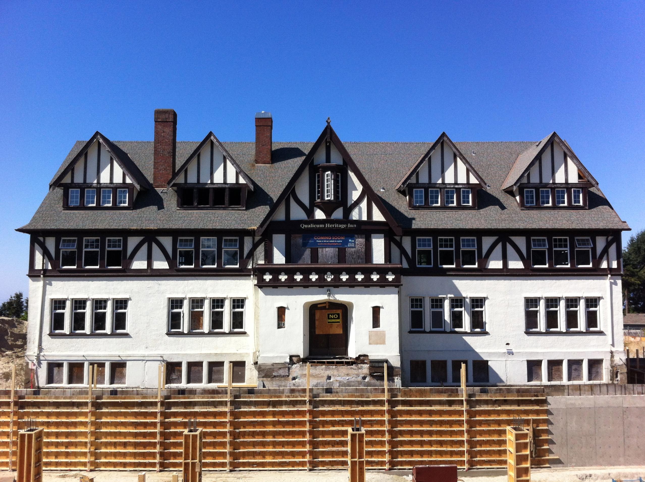 Qualicum Heritage Inn: The Great Haunted Condominium Sale ...