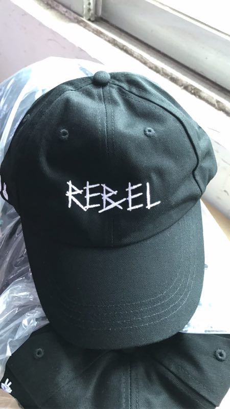 LIVING LIFE FEARLESS - Rebel Dad Hat