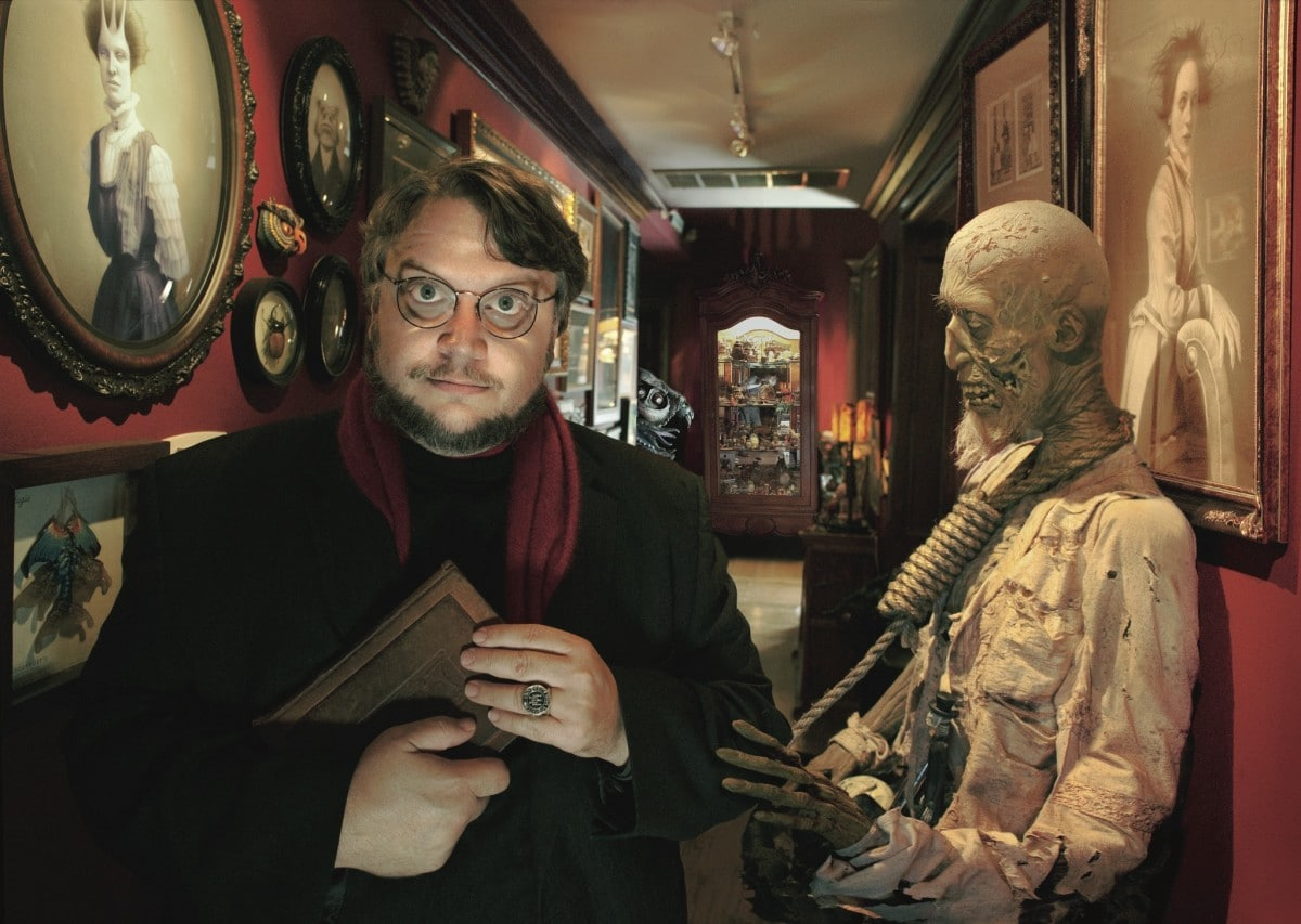 "Monsters and ""Monsters"" in films of Guillermo del Toro 